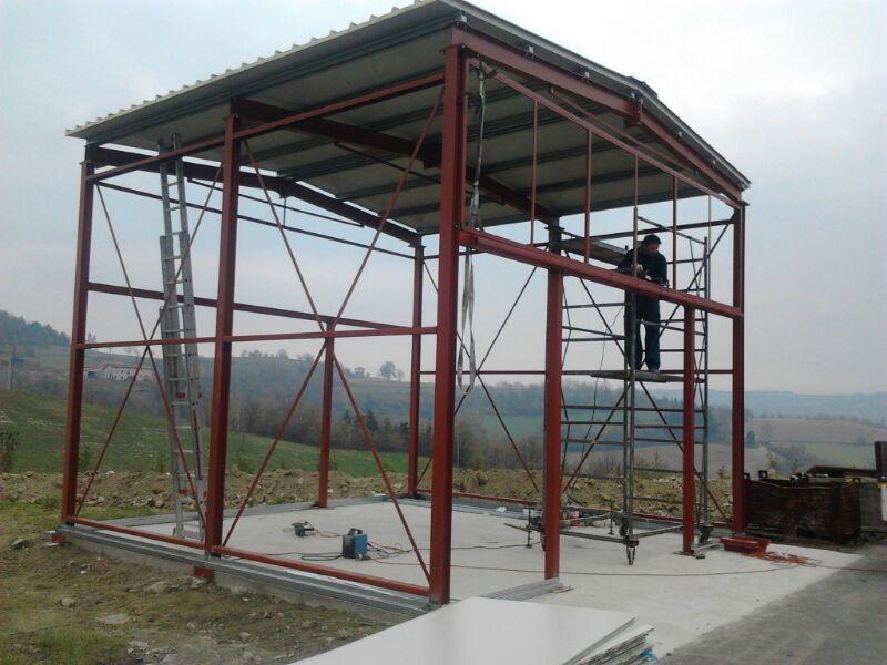 Struttura per capannone in ferro carpenteria metallica - Struttura in ferro per casa ...