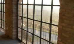 Serramenti in ferro centinato con vetri